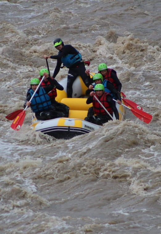 Caiac si Rafting