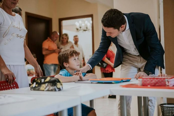 Robert Sighiartau marcheaza o VICTORIE pentru copii din Romania