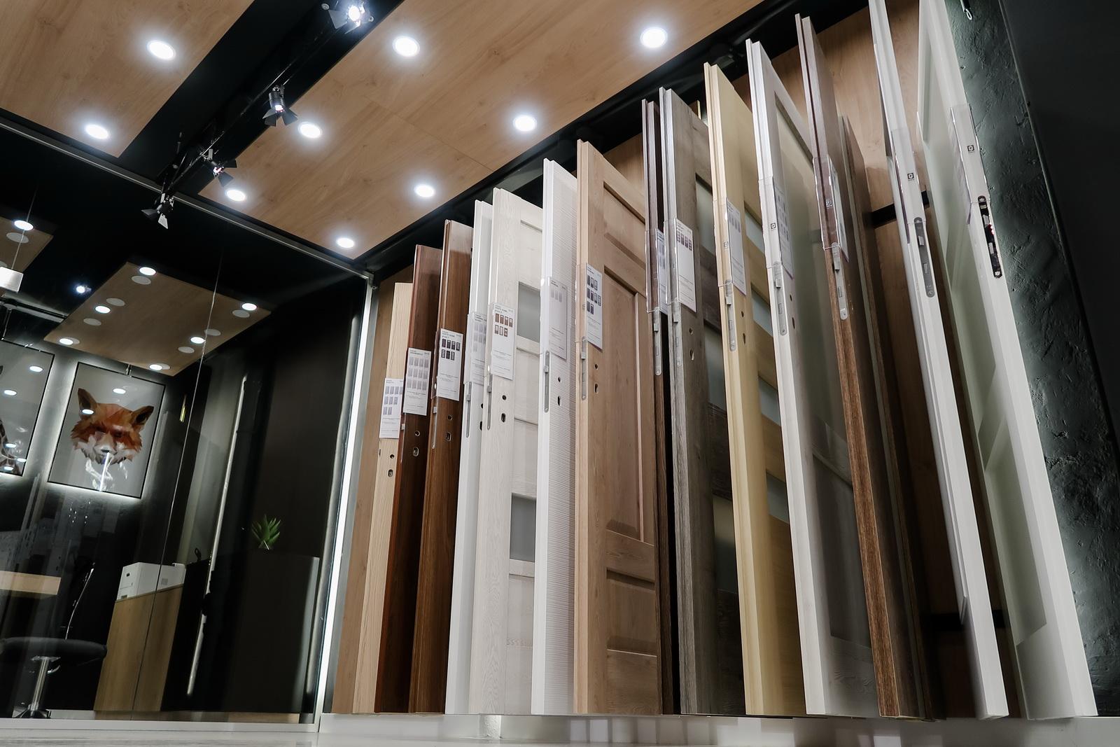 magazin showroom DOR usi de interior Porta Doors Suceava