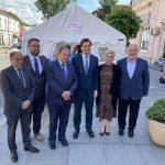 Secretarul de stat în ministerul Sănătății, Andrei Baciu și președintele Consiliului Județean, Gheorghe Flutur în vizită de lucru la Rădăuți 2